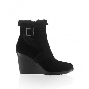 """New Dry"" Fur Trimmed Wedge Booties"