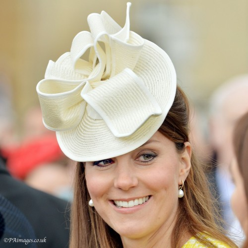 White Angled Disc Hat & Elaborate Bow