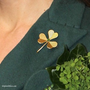 Cartier Gold Shamrock Brooch